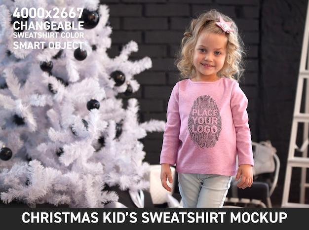 Felpa natalizia per bambini mock up Psd Premium