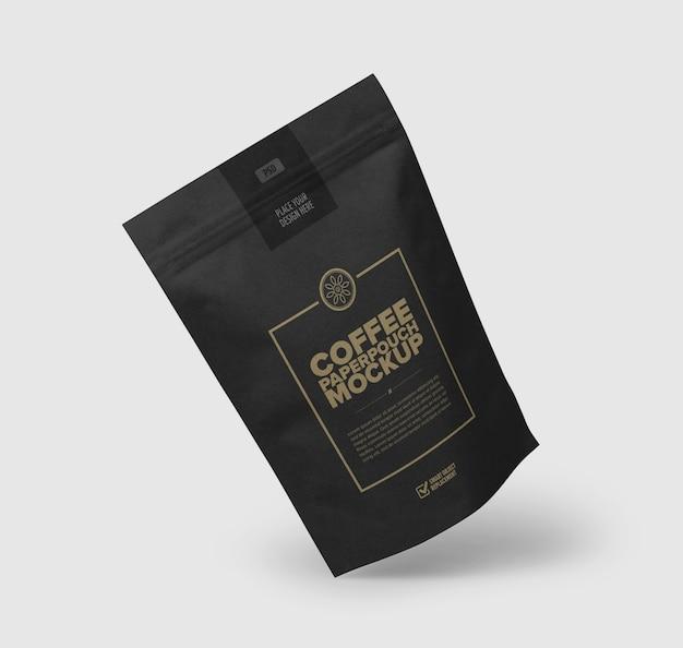 Primo piano sul mockup sacchetto di caffè isolato Psd Premium