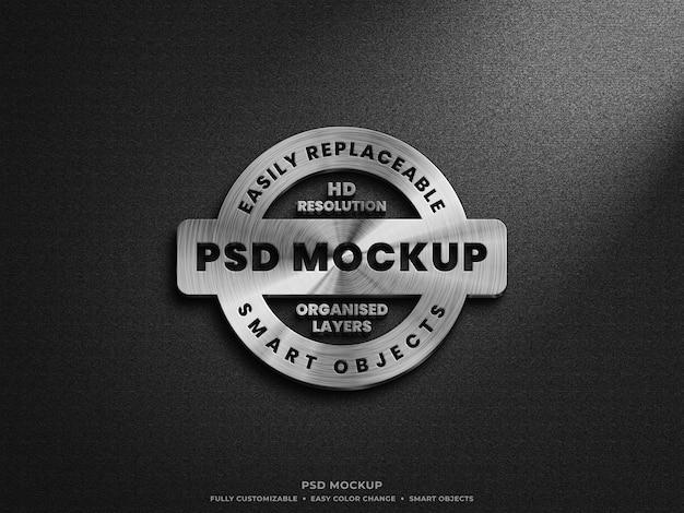 Chiuda in su mockup del logo d'argento dell'acciaio metallico Psd Premium