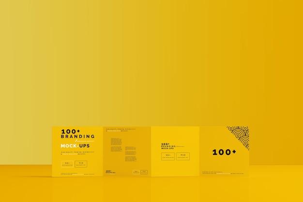 Primo piano sulla confezione del modello di brochure quadrata a quattro pieghe Psd Premium