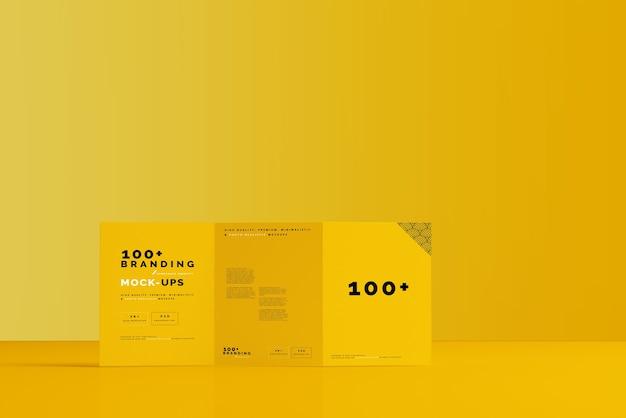 Primo piano sulla confezione di tri fold brochure mockup Psd Premium