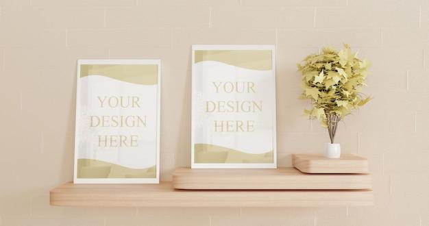 Coppia cornice bianca mockup sulla scrivania in legno a parete. mockup di poster di coppia su telaio bianco Psd Premium