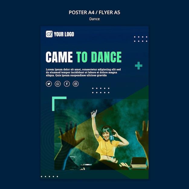 Modello di volantino concetto di danza Psd Premium