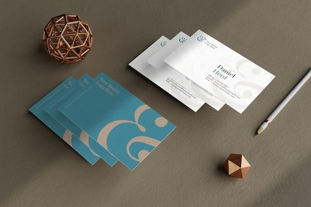 Elegante modello di biglietto da visita nel pavimento beige Psd Premium