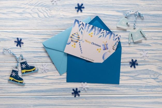 Cartolina di natale vuota in busta Psd Premium