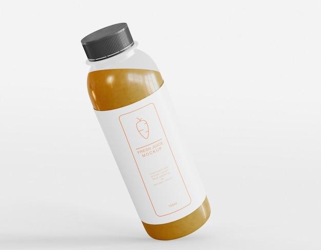 Mockup di confezionamento di bottiglie di succo Psd Premium
