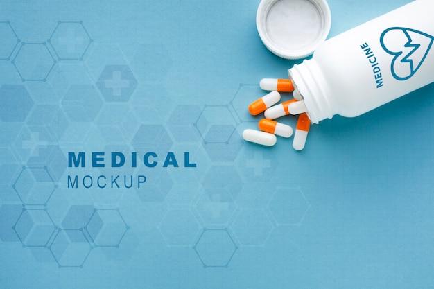 Mock-up medico con le pillole Psd Premium