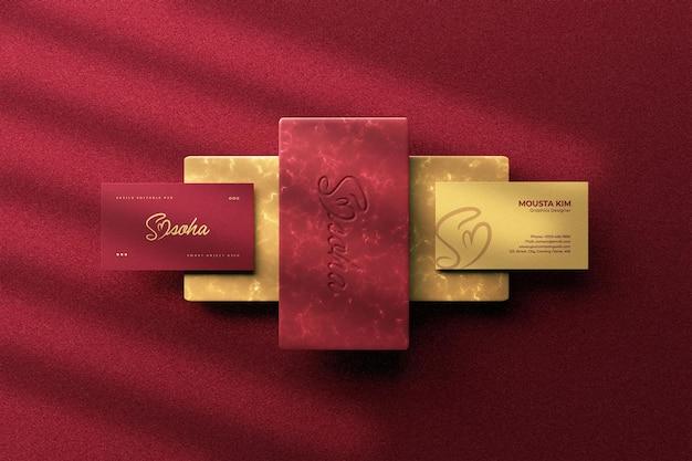 Biglietto da visita moderno ed elegante con design mockup logo Psd Premium