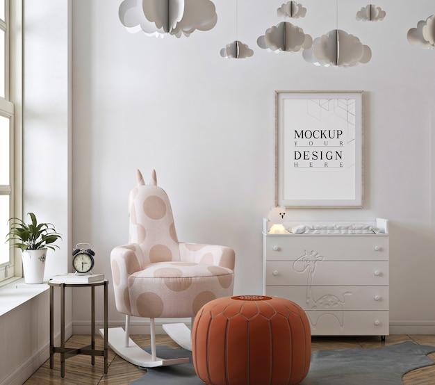 Camera da letto della scuola materna con cornice per poster mockup e sedia a dondolo Psd Premium