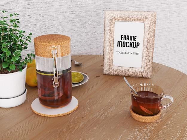 Photo frame mockup realistico sulla scrivania Psd Premium