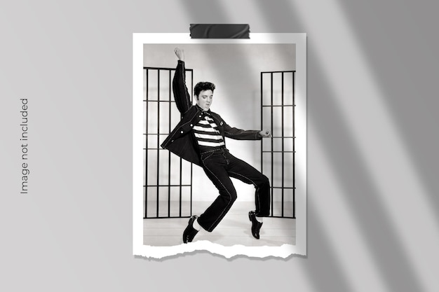 Realistico design mockup di cornice per foto in carta strappata Psd Premium