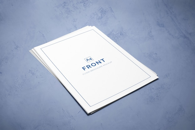 Pila di mockup di volantini a4 Psd Premium