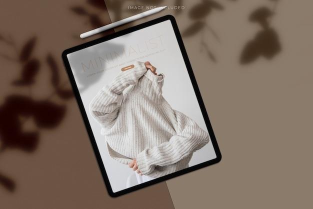 Mockup di tablet con sovrapposizione di ombre Psd Premium