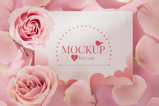 Mock-up di concetto di san valentino Psd Premium
