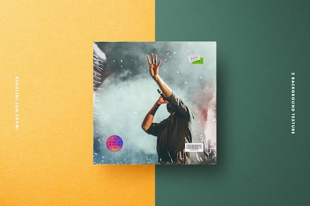 Mockup di copertina in vinile con pellicola trasparente, cartellino del prezzo ed etichetta di sicurezza olografica Psd Premium