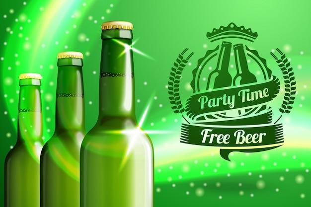 Banner per pubblicità di birra con tre bottiglie di birra verdi realistiche ed etichetta di birra con posto Vettore Premium