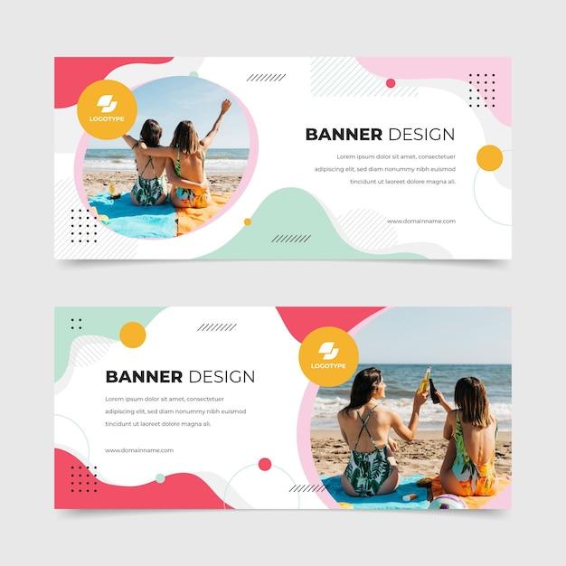 Banner design con foto estive Vettore Premium