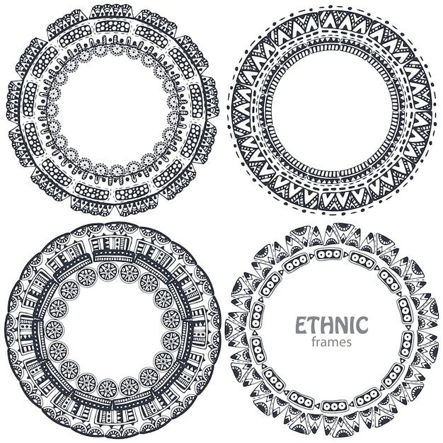 Belle cornici rotonde con elementi etnici disegnati a mano. Vettore Premium