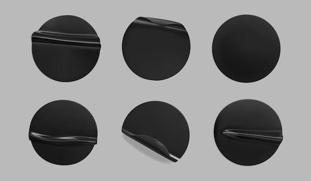 Set di modelli di adesivo stropicciato rotondo nero incollato Vettore Premium