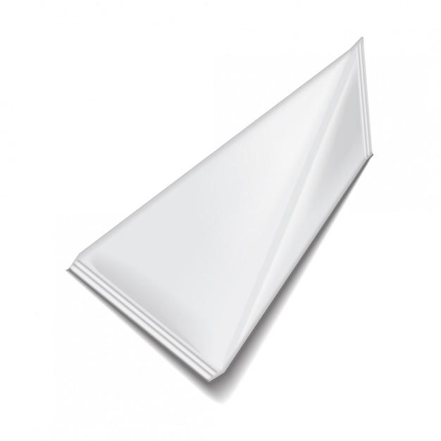 Confezione triangolare bianca vuota pacchetto di succo o latte. Vettore Premium