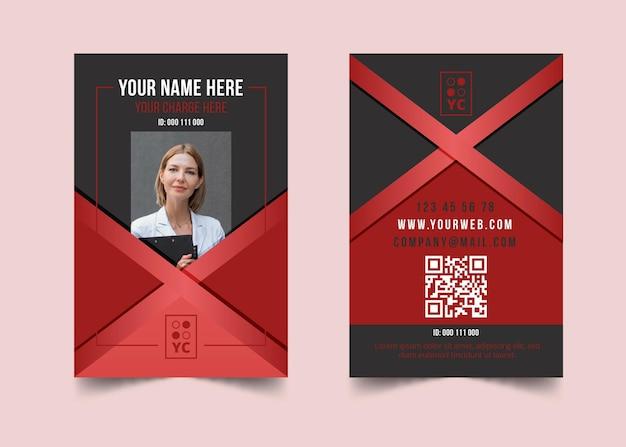 Modello di carta d'identità della donna di affari Vettore Premium