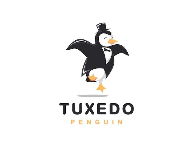 Illustrazione allegra del fumetto di logo del pinguino dello smoking Vettore Premium