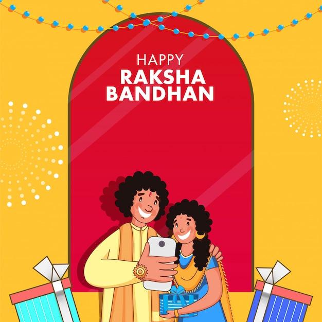 Giovane ragazzo allegro che prende selfie con sua sorella da smartphone e scatole regalo in occasione di raksha bandhan. Vettore Premium