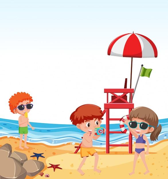 Bambini in vacanza al mare Vettore Premium