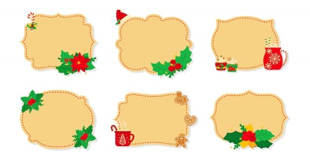 Natale etichetta e tag set piatto beige. etichette di capodanno decorate oggetti, agrifoglio vischio, biscotti biscotti caramelle, candele. raccolta delle etichette della toppa di natale della raccolta di festa del fumetto. illustrazione Vettore Premium