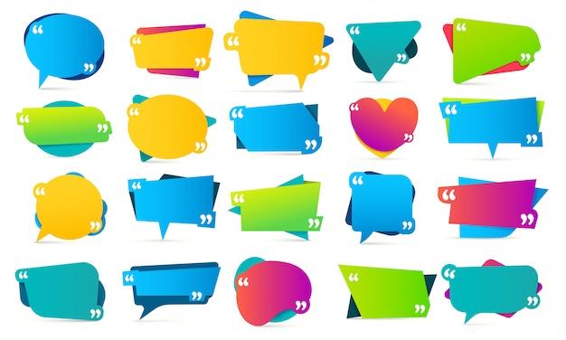 Virgolette tra virgolette. cornici di citazioni, note di menzione e set di modelli di messaggio di bolle colorate Vettore Premium