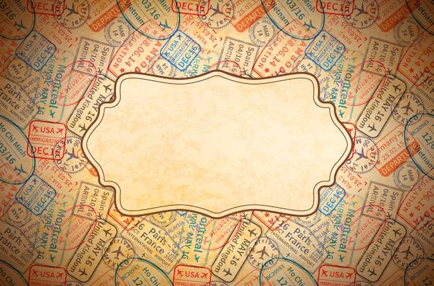 I timbri di gomma variopinti di visto di viaggio internazionale imprimono su vecchia carta con la retro struttura, fondo d'annata orizzontale Vettore Premium