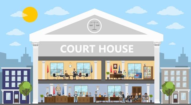 Interno edificio di corte con aula e uffici. processo di prova con giudice, giuria e sospettato. vector piatta illustrazione Vettore Premium