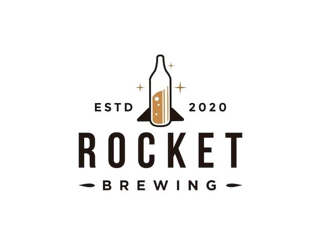 Logo creativo della birra del razzo, bottiglia dell'illustrazione del razzo Vettore Premium