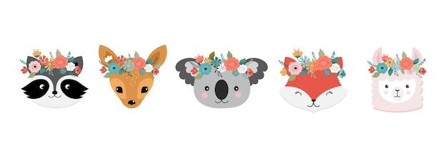 Teste di simpatici animali con corona di fiori. panda, lama, volpe, koala, gatto, cane, procione e coniglio Vettore Premium