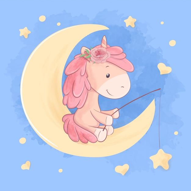 L'unicorno sveglio del fumetto si siede sulla luna e prende l'illustrazione delle stelle Vettore Premium