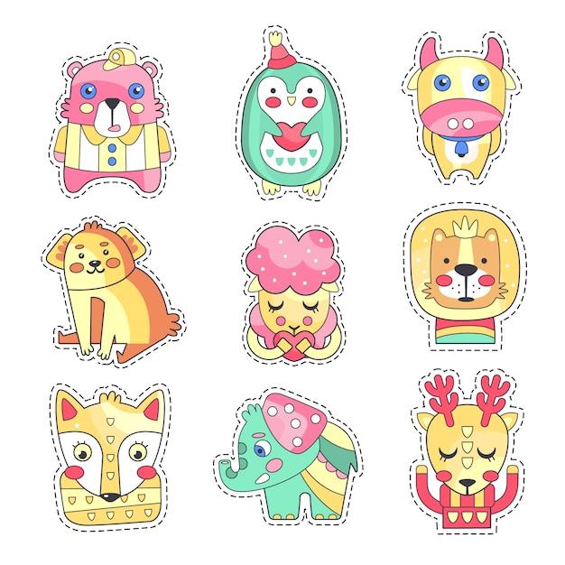 Set di patch di stoffa colorata carina, ricamo o applique per illustrazioni di cartoni animati di abbigliamento per bambini decorazione Vettore Premium