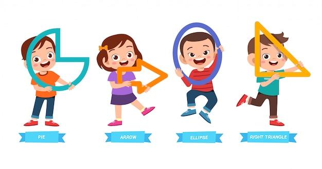 I bambini carini imparano la forma di base Vettore Premium