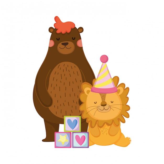 Carino e piccolo leone con cappello di partito Vettore Premium
