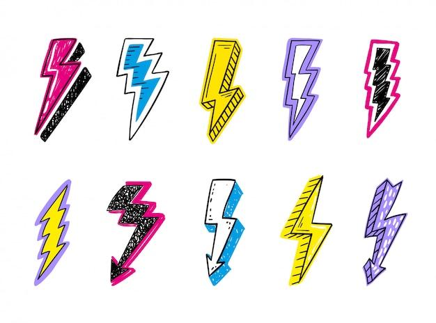 Insieme di logo di fulmini doodle. concetto di energia ed elettricità. collezione flash di cartoni animati. simboli elettrici ed elettrici, alta velocità, rapidità ed emblema rapido. Vettore Premium