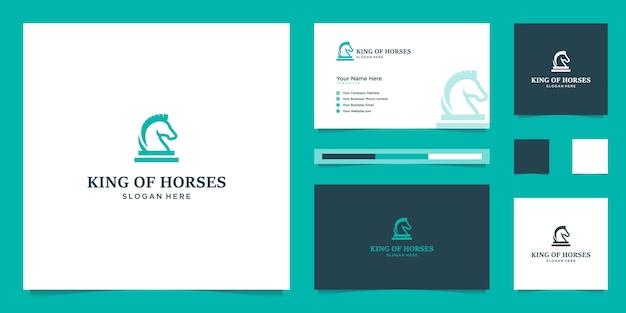 Elegante cavallo reale con elegante design grafico e logo design ispirato al lusso Vettore Premium