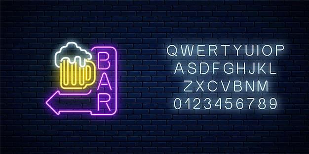 Insegna luminosa al neon della barra della birra con la freccia e l'alfabeto Vettore Premium