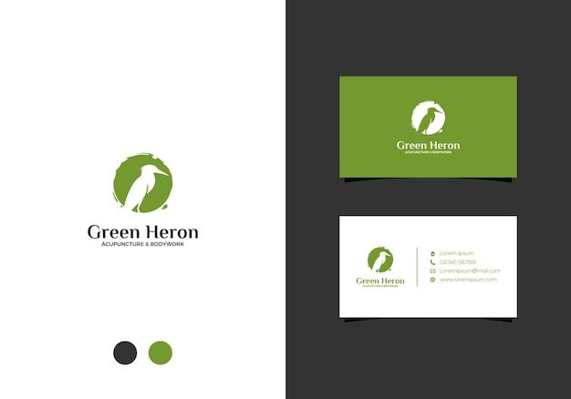 Airone verde logo design e biglietto da visita Vettore Premium
