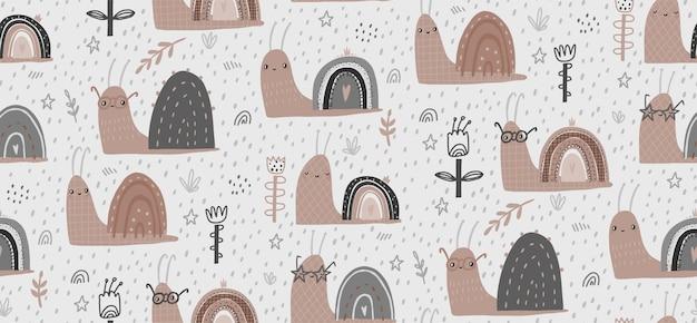 Illustrazione senza cuciture del modello di vettore disegnato a mano del bambino con le lumache sveglie. design piatto in stile scandinavo. il concetto di carta da parati, design di stoffa, tessuto, avvolgimento, carta da parati. Vettore Premium