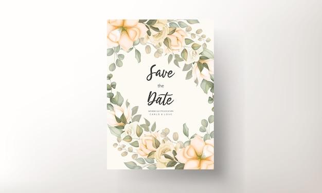 Modello di carta di invito matrimonio floreale disegnato a mano Vettore Premium