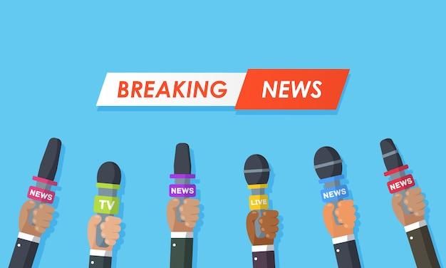 Le interviste sono giornalisti di canali di notizie e stazioni radio. microfoni nelle mani di un giornalista. idea conferenza stampa, interviste, ultime notizie. registrazione con una fotocamera. illustrazione. Vettore Premium