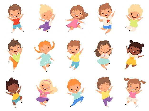 Saltare i bambini. i bambini divertenti felici che giocano e saltano nell'azione differente pone i caratteri della piccola squadra di istruzione Vettore Premium