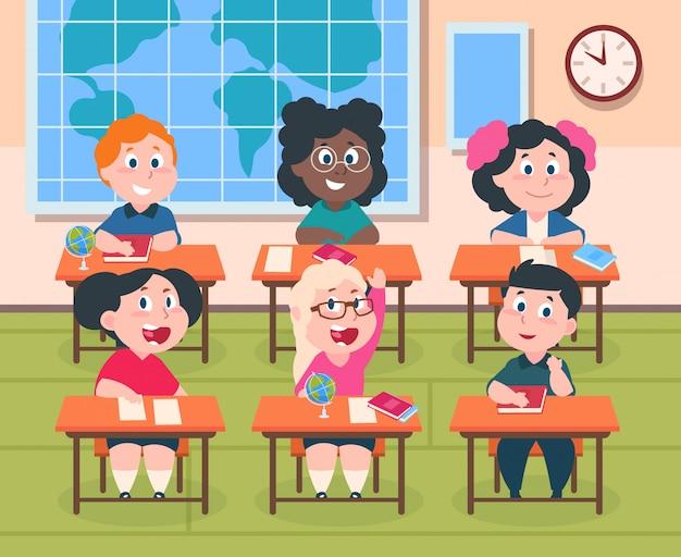 Bambini in classe. bambini del fumetto a scuola che studiano a leggere e scrivere, ragazze e ragazzi felici carini personaggi dell'allievo. interno di istruzione primaria con tavolo Vettore Premium