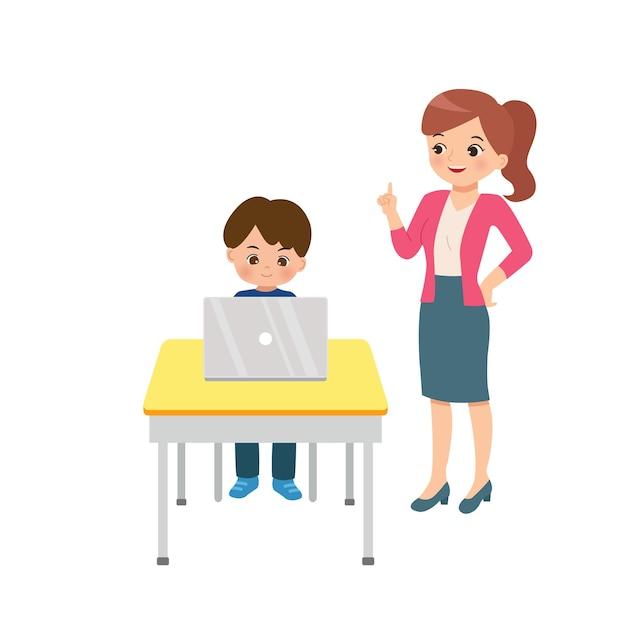 Gentile insegnante femminile tutoraggio ragazzo utilizzando il suo computer portatile. clipart di situazione di classe. concetto di istruzione domestica. piatto isolato su sfondo bianco. Vettore Premium