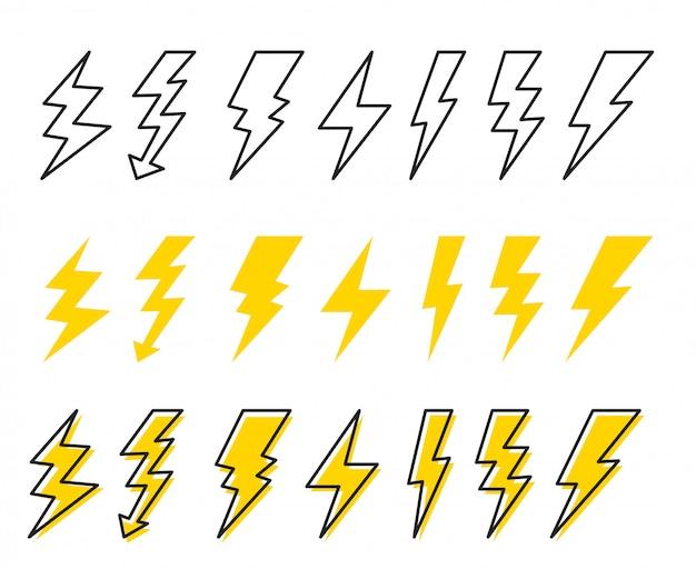 Set di fulmini. stile cartone animato Vettore Premium