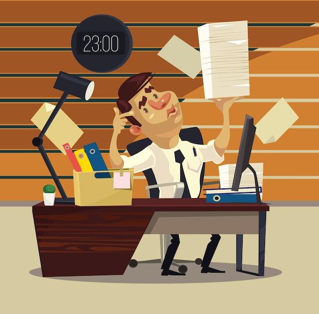 Uomo che lavora in ufficio con una pila di carte Vettore Premium